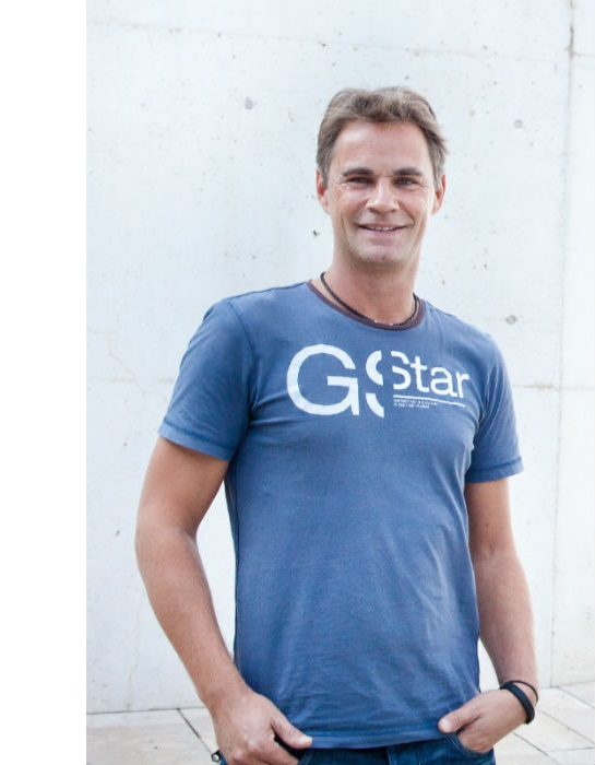 Ossian Vogel (Co-Gründer ezebee.com)