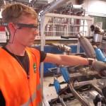 Ubimax setzt Datenbrille für Autoproduktion ein
