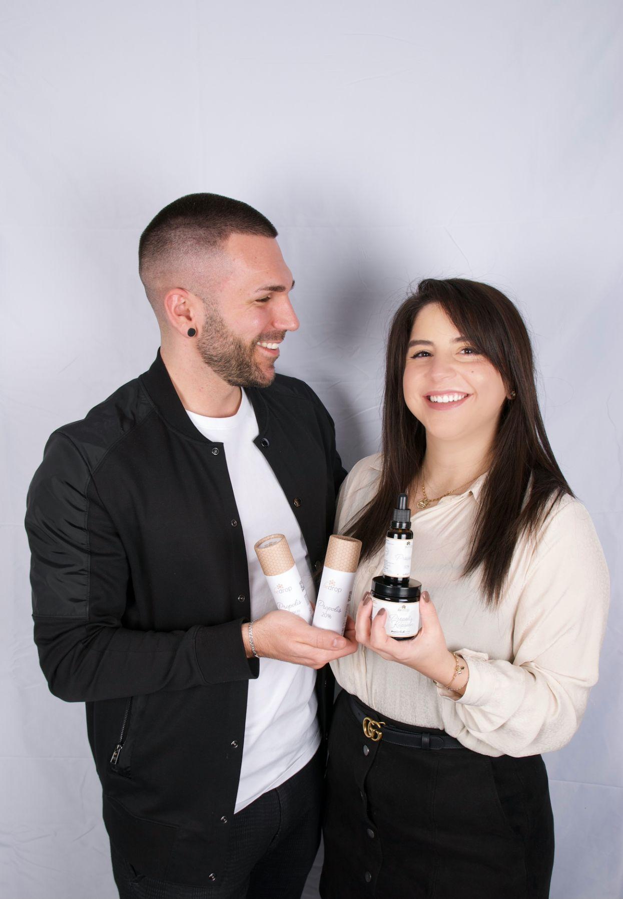 Das Gründerpaar Betül Yönak und Florian Bein vom Startup bedrop.de