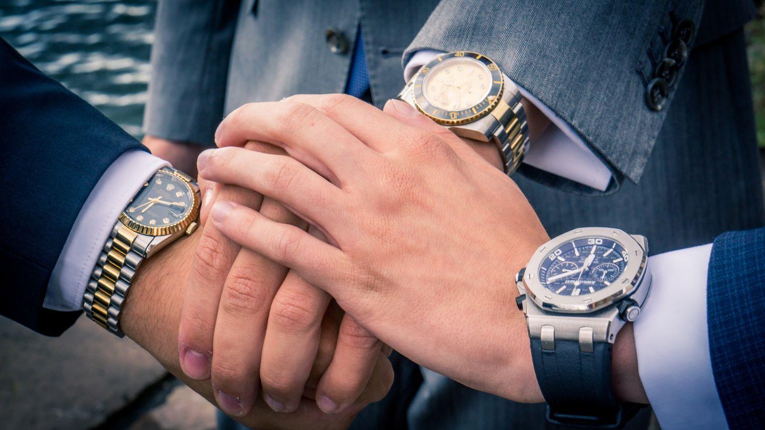 3 Luxus Uhren am Handgelenk