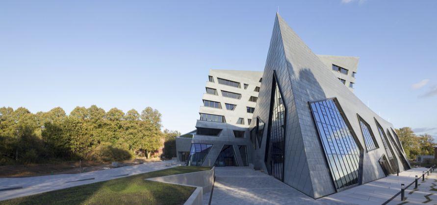 Zentralgebäude_Leuphana