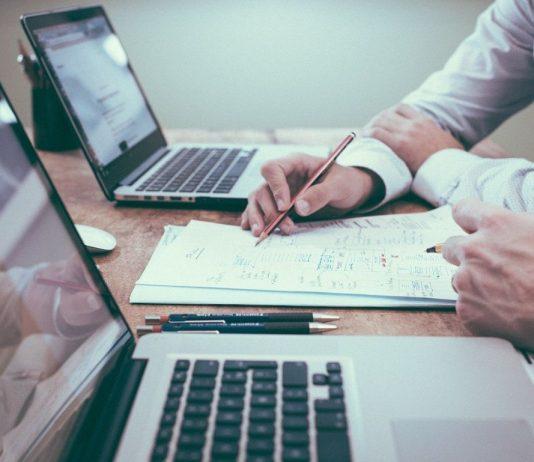 Factoring_Startup_Rechnungen_auslagern