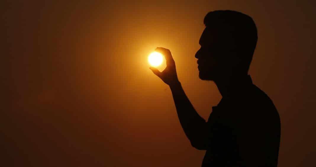 sunset-2073588_1920