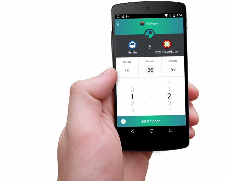 """""""Eine Social-Tipp-Spiel-App mit Echtgeld-Gaming-Charakter"""" - Im Gespräch mit Ingo-Marc Ferdini von typpt"""
